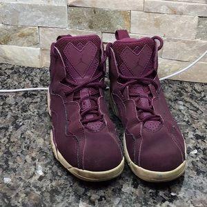 Jordan size 1Y